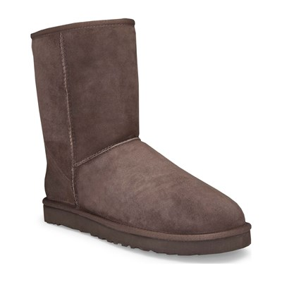 Classic Short - Bottines fourées en cuir - chocolat