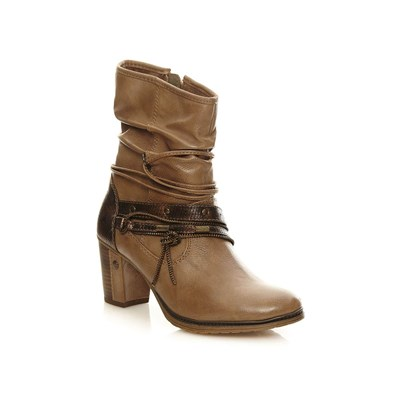 zapatillas Mustang Boots, botines natural